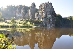 Offene Führungen Externsteine mit Besichtigung der Grotte